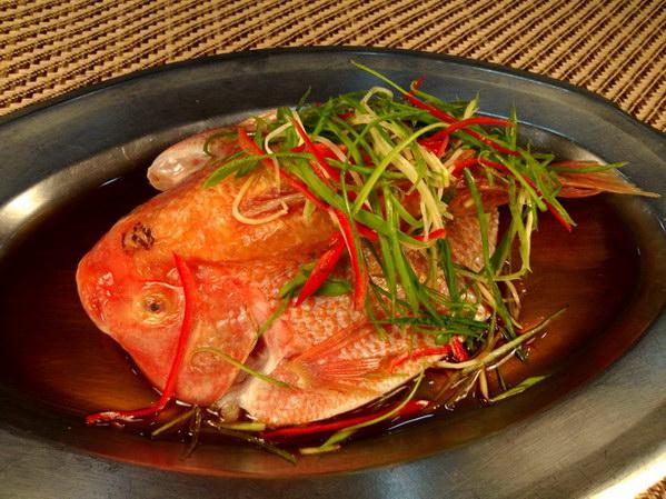 日月潭逐鹿御饍坊:清蒸鮮潭魚