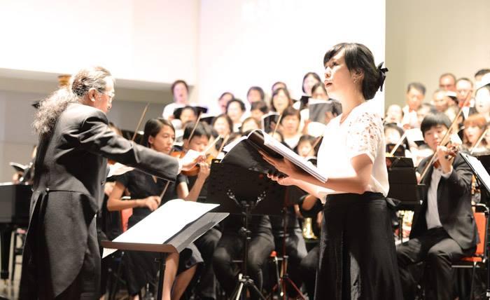 Butterfly音樂總監謝東昇也認為,世界名曲的演繹,是Butterfly一個地方性樂團與世界接軌的一大步。(圖片來源:Butterfly交響樂團)