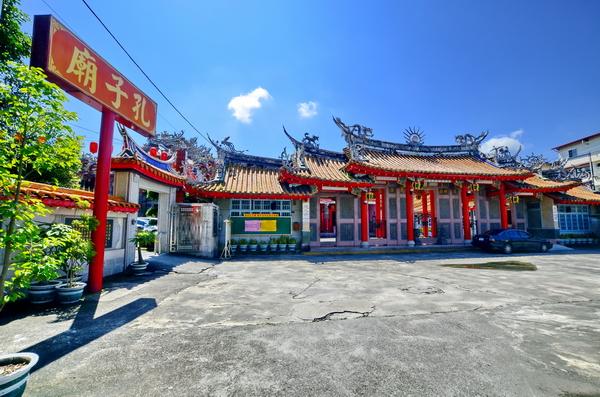 埔里孔子廟位於媽祖廟旁(攝影:葉瑞其)
